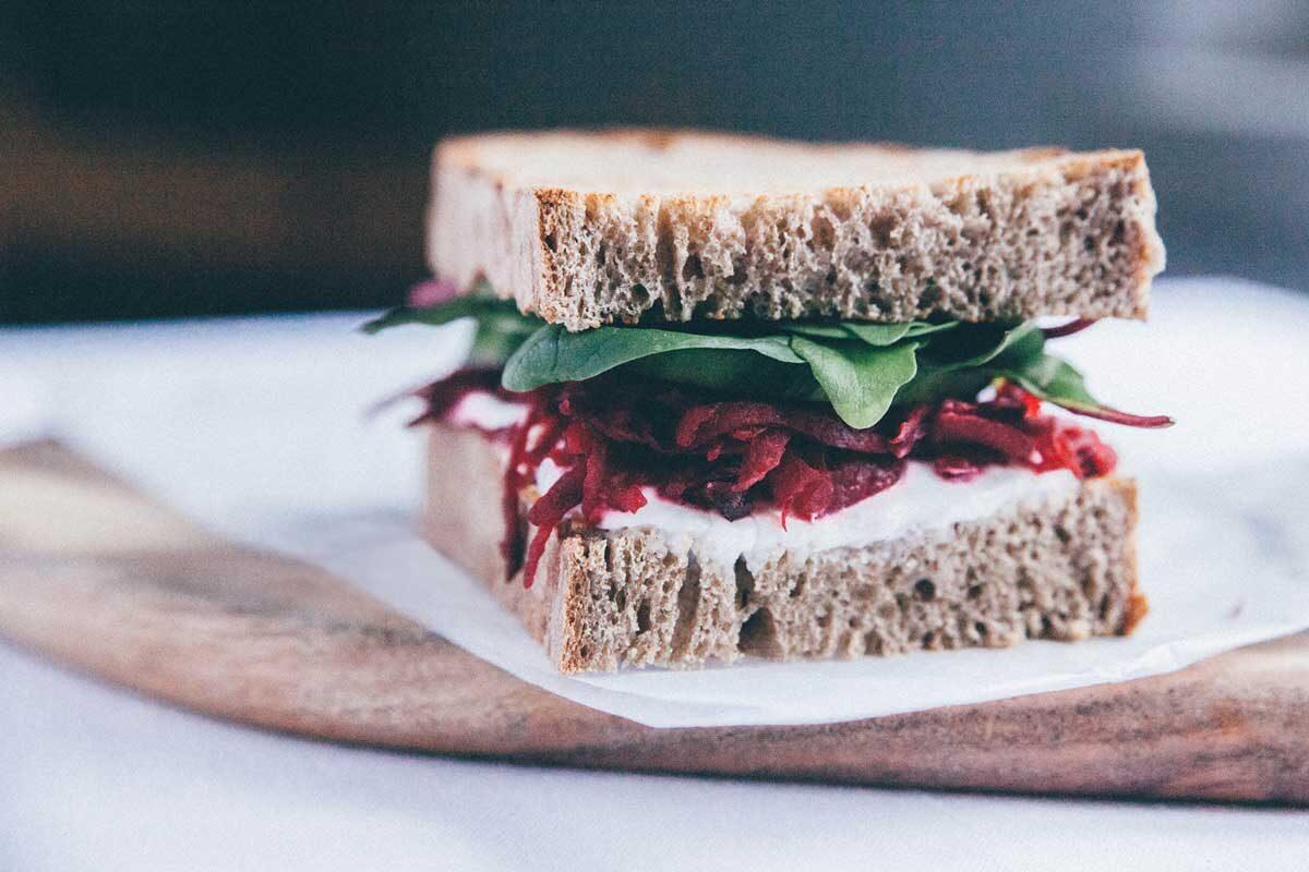 catering vegano valencia sandwich remolacha